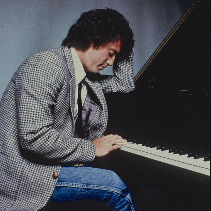 マン 六 の あらすじ 畳 間 ピアノ